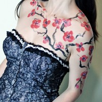 sakura non-nude body painting idea