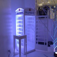 body painting for Stoli event : phone booth decor