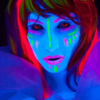 York photographer to display neon body painting photos at Mulberry Studios in Lancaster